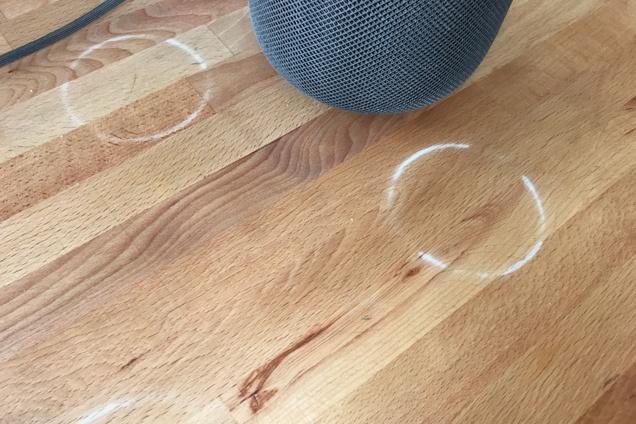 Víte, jak odstranit z nábytku kolečka či fleky?