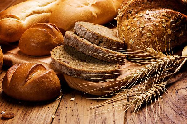 Víte, jak udržet chlép čerstvý i na druhý den? Chlebník je to pravé.